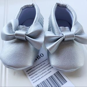 NWT Shiny Silver Moccasins   0-6 Months